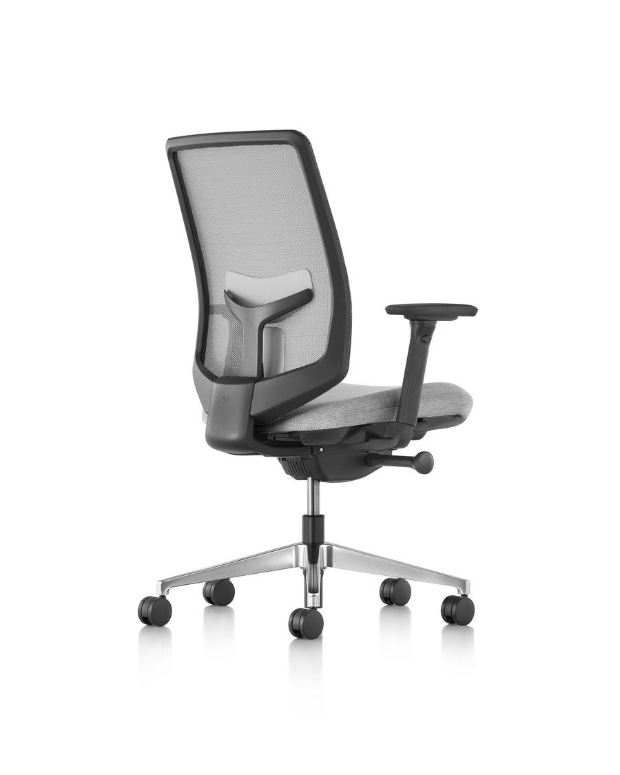 Verus chairs goodmans for Silla herman miller